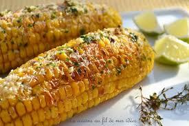 cuisiner des epis de mais recette épis de maïs grillés au thym citron vert et parmesan la