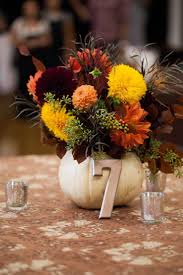 Diy Pumpkin Carriage Centerpiece by Best 25 White Pumpkin Centerpieces Ideas On Pinterest White