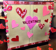 Cute Office Cubicle Decorating Ideas by Cubicle Decor Valentines Day Valentine U0027s Day Office Decor