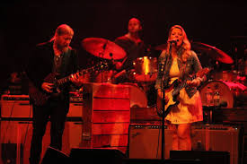 Tedeschi Trucks Turns Vancouver Into A Guitar-drenched Blues ...