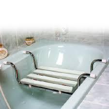 siege baignoire handicapé siege de baignoire pvc blanc aménagement du domicile chaise et