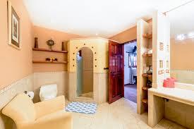 100 Casa Leona Evelyns Suite