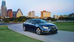 Chevrolet Cruze Floor Mats Uk by 2015 Chevrolet Cruze Gets Minor Styling And Tech Upgrades Video