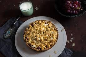 trauben mandel crumble tarte