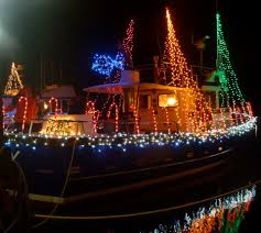 Crab Pot Christmas Trees by Crab Pot Tree U0026 Lighted Boat Parade Our Ilwaco
