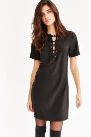 black lace dress with short sleeves