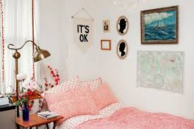 17 Smart Simple Ways To Decorate Your Dorm Room
