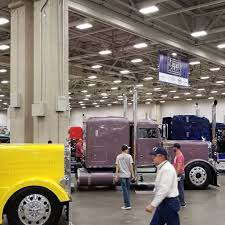 100 Dallas Truck Show Uberfreight Hash Tags Deskgram