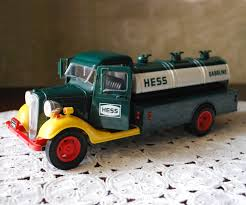 1985 HESS Gasoline Truck Bank, Vintage Toy With Working Lights, Collectible  Toy