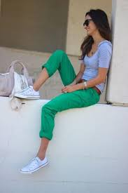 What To Wear With White Converse 24 Cute Outfits