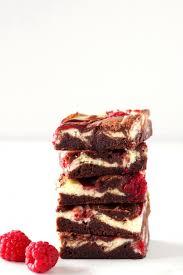 himbeer cheesecake brownies living on cookies