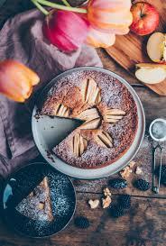 einfacher und leckerer apfel walnuss kuchen