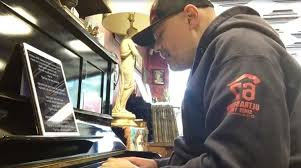 Smashing Pumpkins Siamese Dream Lp by Billy Corgan Performs Rare Smashing Pumpkins Songs At His Chicago