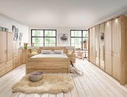 massivholz schlafzimmer aus erle bei betten de entdecken