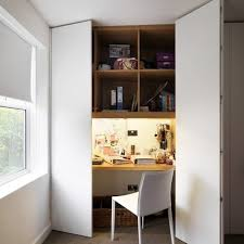 bureau dans un placard bureau gain de place