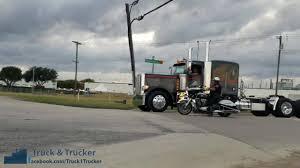 100 Truck To Trucker Er Piterbilt Convoy Facebook