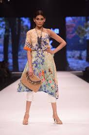 86 best fashion show images on pinterest designer dresses