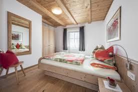 Ferienwohnung 2 Schlafzimmer Rã Ferienwohnungen Am Pineiderhof In Villnöss Südtirol