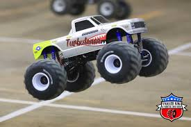 100 Monster Truck Race 2018 Outlaw Retro Rules Class Information Trigger