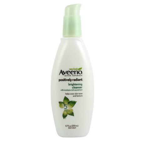 Aveeno Active Naturals Positively Radiant Daily Moisturizer - SPF 30, 75ml