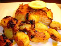 cuisiner morue recette de morue au four et ses pommes de terre bacalhau assado