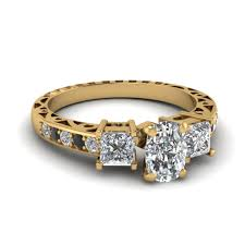 Cushion Cut Vintage 3 Stone Engagement Ring With Black Diamond In FDENR1816CURGBLACK NL YG