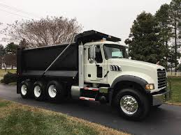 100 Tri Axle Truck 2013 Mack Granite GU713 Dump MP7 405HP For Sale