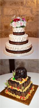 Country Wedding Cakes We Personally Are Loving The Grooms Hunting Themed