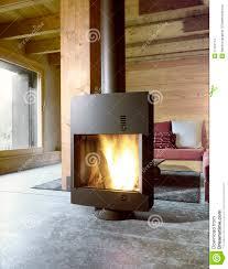 moderner ofen im wohnzimmer stockfoto bild inneren