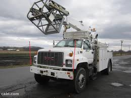 100 Altec Boom Truck 1997 GMC C7500 Bucket With