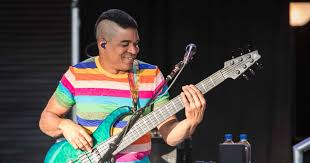 Making Peace With The Low End: Oteil Burbridge Talks Dead & Co ... Derek Trucks Rare Signed Guitar Edge Magazine Blues The Allman Watch Eric Claptons Anyway The Wind Blows From New Live In San Old Gold Pictures And Images Gibson 50th Anniversary Sg Amazoncom Band Songlines Guitars Gear Vintage Red Sn 0061914 Gino Dumble Bluesrockguitar Weblog Guitarist No Cd Biffy Clyro Doves Matt Schofield Ngd Gear Album On Imgur