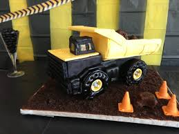 HowToCookThat : Cakes, Dessert & Chocolate | Truck Birthday Cake How ... Dump Truck Cstruction Birthday Cake Cakecentralcom 3d Cake By Cakesburgh Brandi Hugar Cakesdecor Behance Dsc_8820jpg Tonka Pan Zone For 2 Year Old 3 Little Things Chocolate Buttercreamwho Knew Sweet And Lovely Crafts I Dig Being Cstruction Truck Birthday Party Invitations Ideas Amazing Gorgeous Inspiration Optimus Prime Process