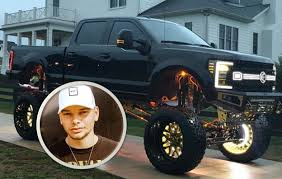 Kane Brown Reveals Jaw-Dropping 'Dream Truck' [Photos]