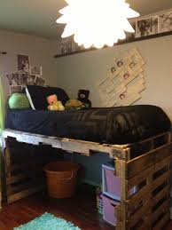Pallet Bed Frame by Diy Pallet Kids Bed Pallets Lofts And Pallet Projects