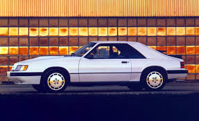 1985 Mustang SVO Zach has this car love ittt