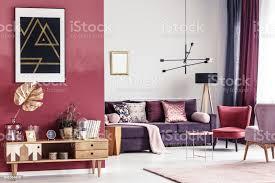 gold und rot wohnzimmer stockfoto und mehr bilder behaglich