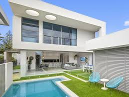 100 The Beach House Gold Coast Beach House With A Modern Twist Hits The Market