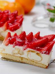 windbeutel torte mit erdbeeren und eierlikör