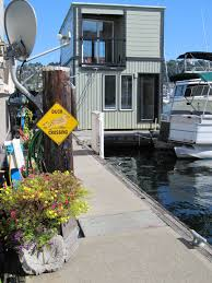 100 Lake Union Houseboat For Sale Seattle House Barges Seattle Afloat Seattle S