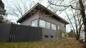 100 Cantilever Home This Old House Can We Brookline Midcentury Modern