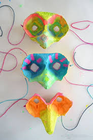 Make A Super Easy Egg Carton Mask For Kids