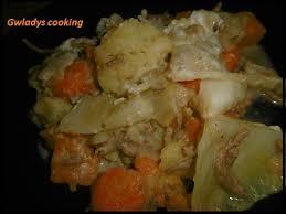 potée au chou blanc carottes pommes de terre et viande hâché
