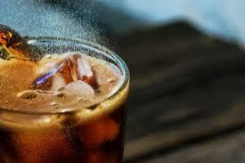 verstopfte rohre mit cola reinigen und säubern