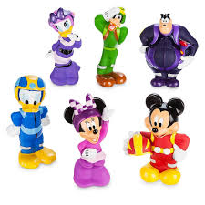 Disney Character Bathroom Sets by Amazon Com Disney Mickey And The Roadster Racers Squeeze Toy Set