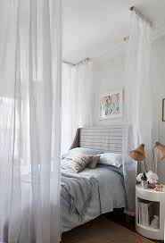 Queen Canopy Bed Curtains by How To Create Dreamy Bedrooms Using Bed Curtains
