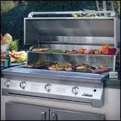 Outdoor Kitchens & BBQ Islands