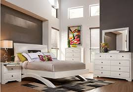belcourt white 5 pc queen platform bedroom bedroom sets white