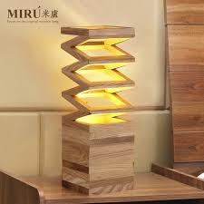 Nordic Creative Arts Designer Lamps Modern Minimalist Living Room Bedroom Den Wood Cafe Decorative Lamp