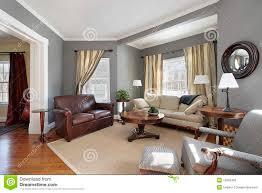 wohnzimmer mit grauen wänden stockfoto bild teppich