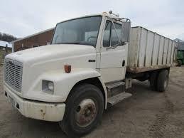 100 Two Ton Truck Lot 1997 Freightliner 3208 Diesel 6 Speed